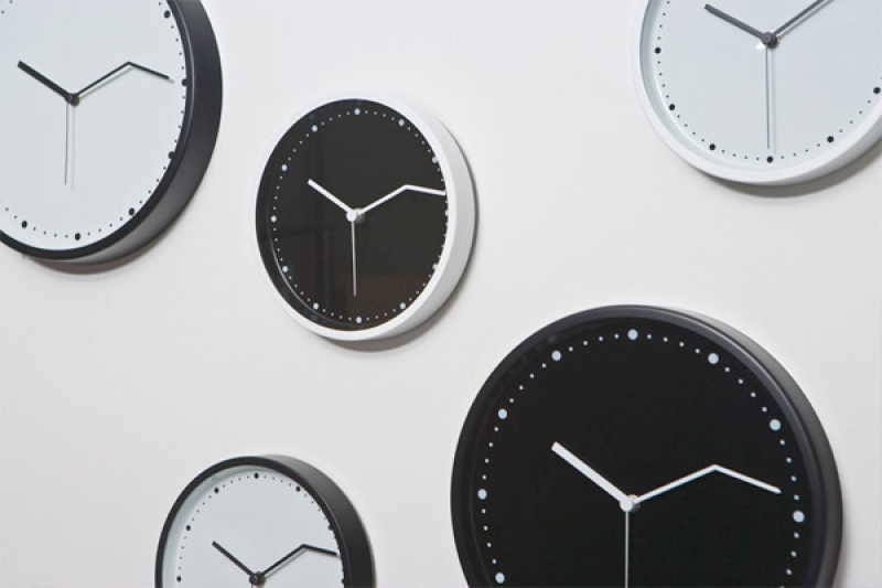 ... Time Wall Clock by Fabrica features a minute hand that is bent three