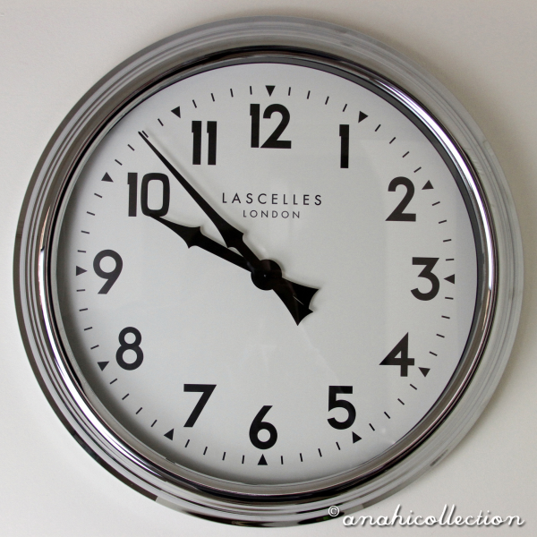 Large Chrome Wall Clock | ANAHI Collection