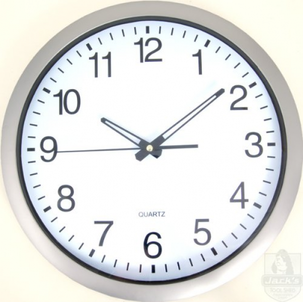 Extra-Large Easy-Read Wall Clock with Quartz Movement - 13 Diameter ...