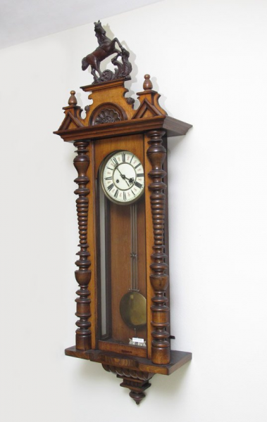 191: LARGE CARVED GERMAN REGULATOR WALL CLOCK : Lot 191