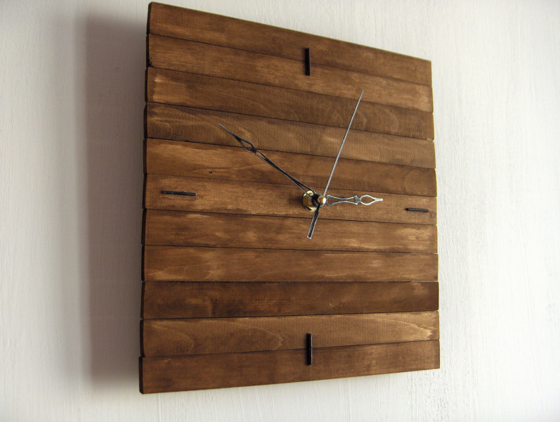 Wooden square wall hanging clock wood oak silent no ticking mechanism ...