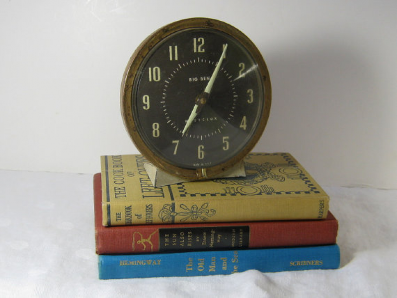 Vintage BIG BEN Alarm CLOCK Wind Up Rustic by LavenderGardenCottag
