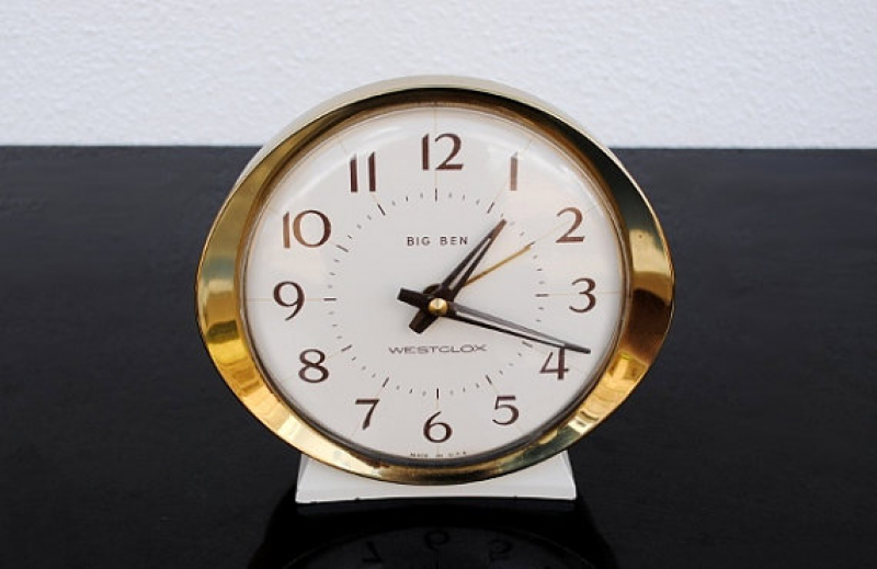 Westclox Big Ben Clock, Vintage Wind Up Alarm White & Gold Mid Century ...