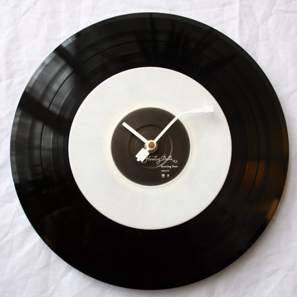 12 inch vinyl record wall clock by thegratefulthread on Etsy