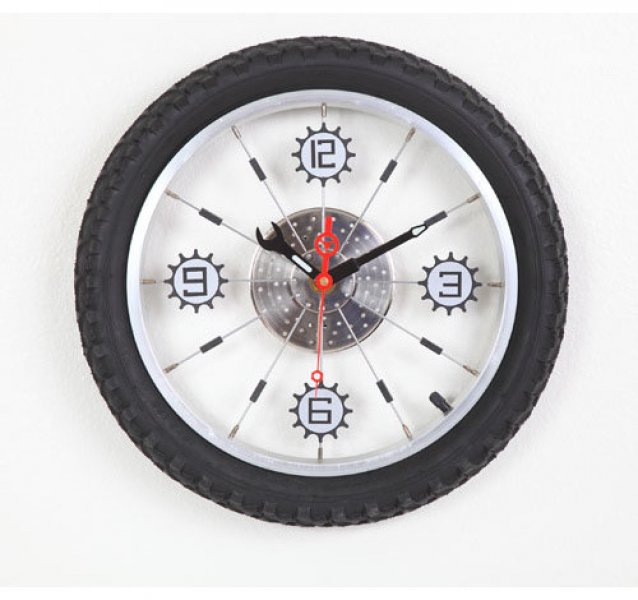 Black Aluminum Bicycle Wheel With Rubber Tire Wall Clock modern-clocks