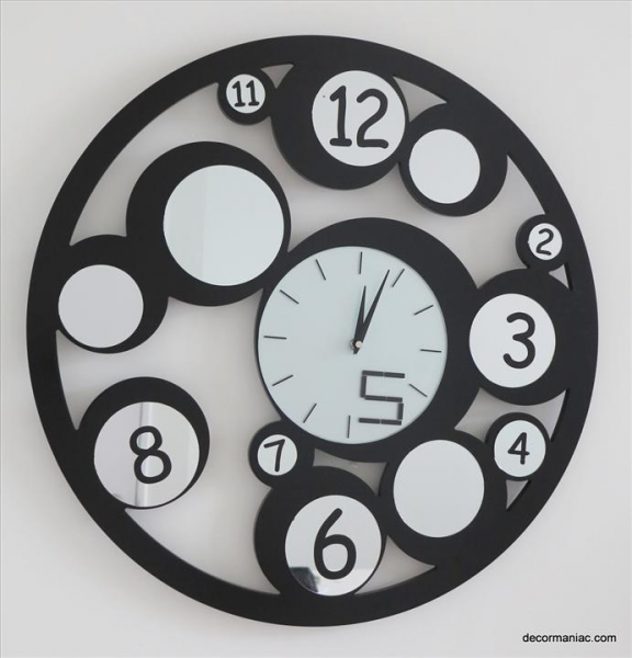 id 130969702 modern creative wall clock round shaped condition new ...