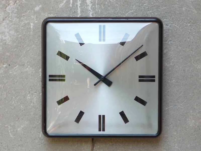 ... Modern - BIG VINTAGE INDUSTRIAL SQUARE SILVER CURVED GLASS WALL CLOCK