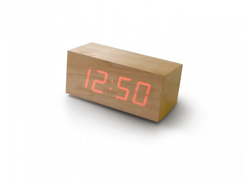 Wood Clock : Digital time floating on a wooden block