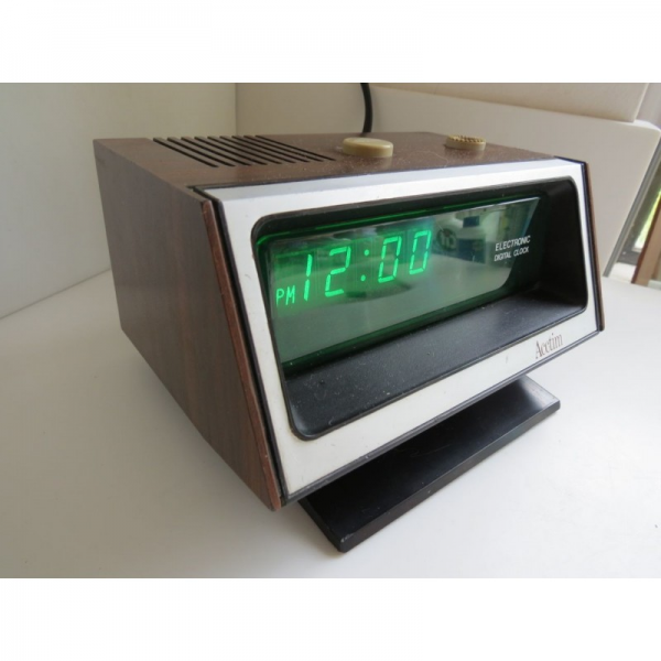 Home / Vintage retro Acctim Electronic Digital Clock working condition
