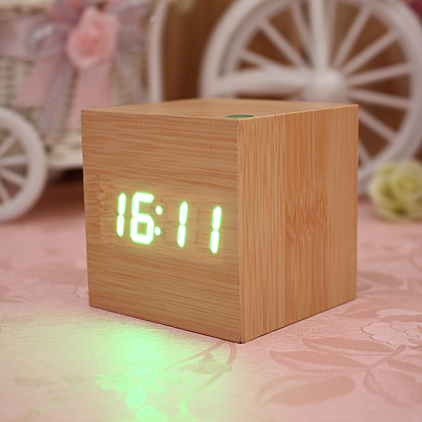 ... -Mini-Wood-Square-LED-Alarm-Digital-Desk-Clock-Thermometer-USB-AAA