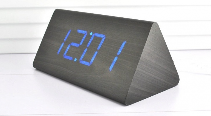 led wood desktop cool digital alarm clock the digital alarm clock ...