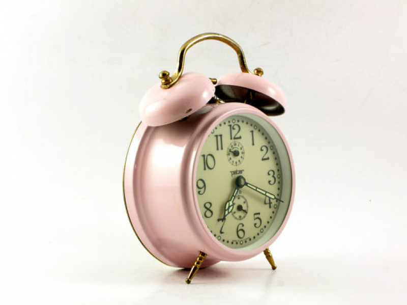 Vintage pink desk alarm clock with twin bells by OldishButGoldish