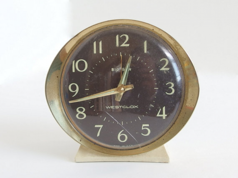 Vintage Wind Up Alarm Clock - Westclox Big Ben Series 8 - White with ...