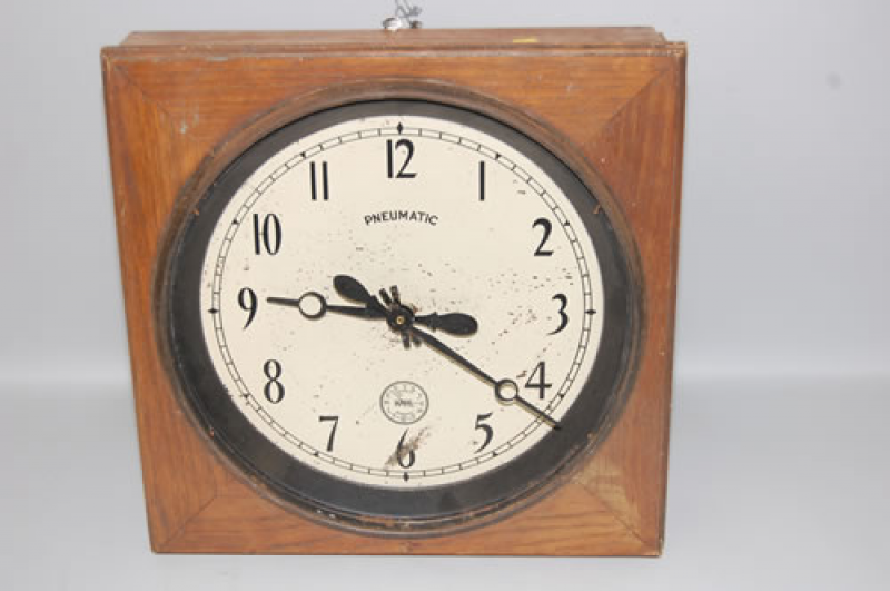 HAHL AUTOMATIC PNEUMATIC TIME SYSTEMS SLAVE WALL CLOCK
