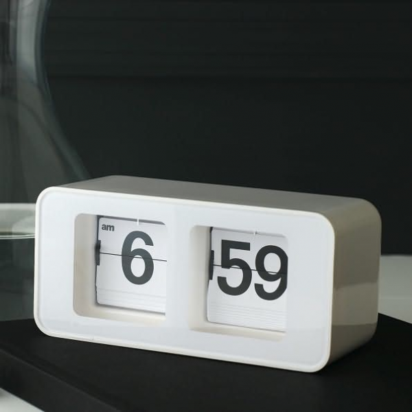 Retro Flip Clock | Interiors | Pinterest