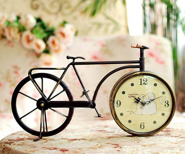 Vintage Bicycle Table Clock | Thinng
