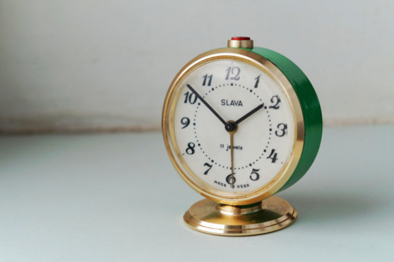 Alarm clock Vintage Green Gold Clock Slava Soviet Mechanical Desk ...