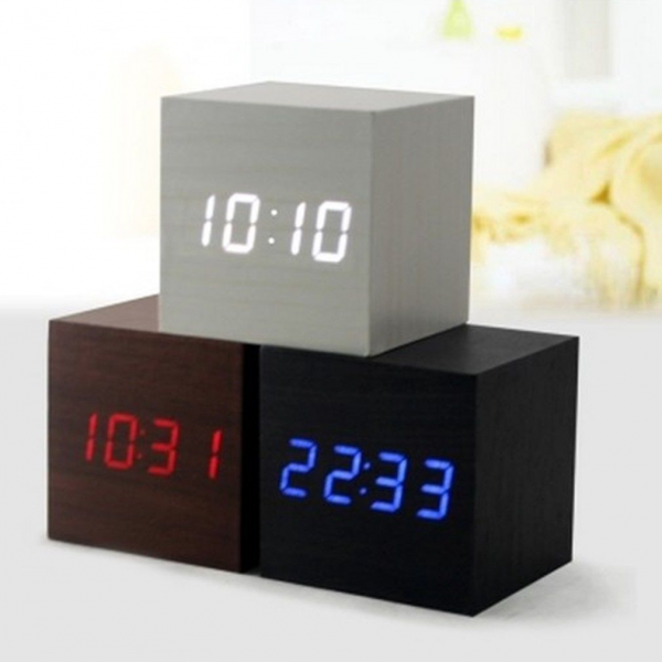 Modern Wooden Wood USB/AAA Powered Digital LED Desk Alarm Clock ...